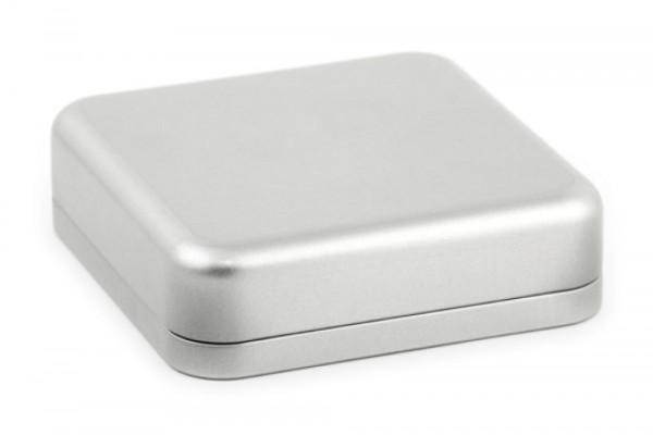 Boite en fer blanc carrée